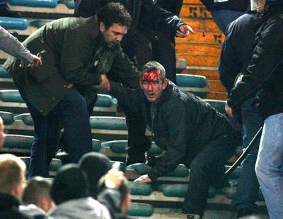 Roma Manchester del 4 Aprile 2006 : la carica della polizia italiana ai tifosi inglesi